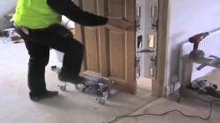 How To Install A Door (1)