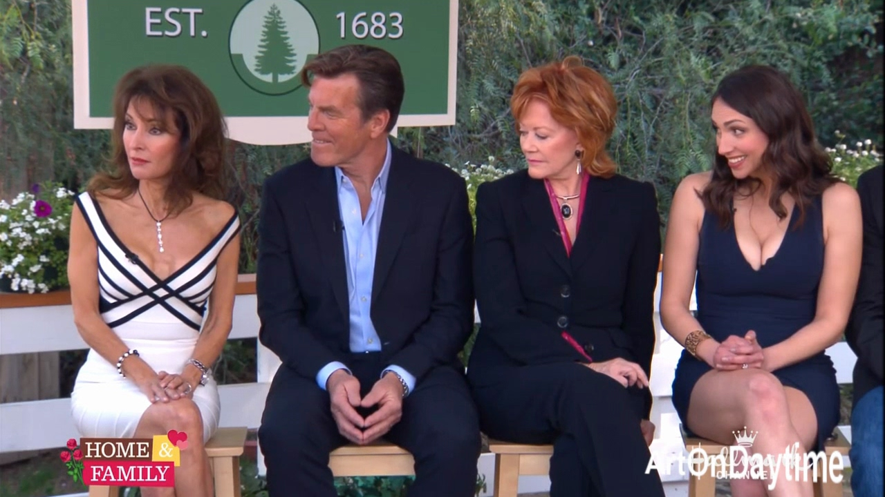 home family amc reunion w co host susan lucci. Black Bedroom Furniture Sets. Home Design Ideas