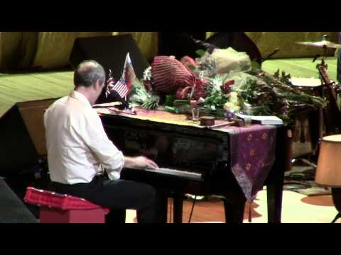 Hugh Laurie-Changes (Live in Moscow) HD