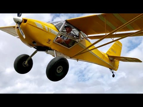Skywagons, Carbon Cubs, Kitfox's and more flying by   even Draco