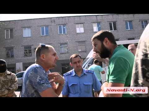 Видео Новости-N: В Николаеве 'Правый Сектор' и 'Кордон' провели беседу с хозяевами АЗС