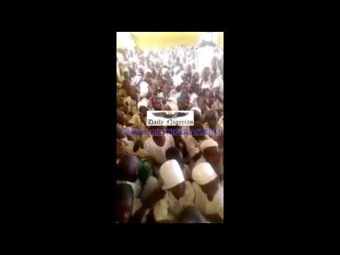EXCLUSIVE VIDEO: Inside Nigeria's 'most crowded' classroom with 499 pupils