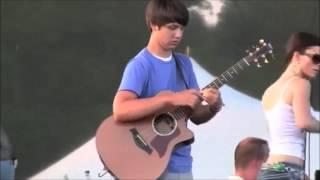 【ギター神業】15歳少年のアコギに人々が驚愕! thumbnail