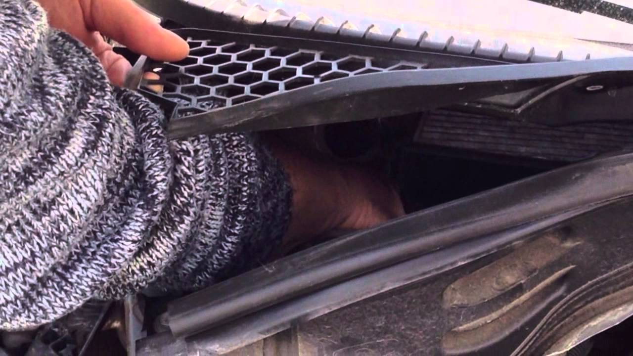 Mazda Cx 7 >> Peugeot 207 cc - kleine Methode gegen Wasser im Fußraum (Beifahrerseite) - YouTube