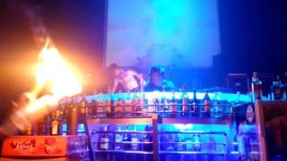 zONe caffe fire jugling barrtender
