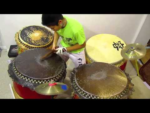 Traditional Chinese Drumming with 4 drums