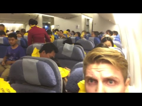 Man films inside cabin during emergency landing