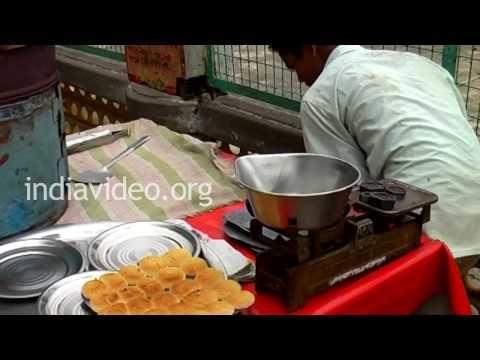 Hot cookies preparation, Rishikesh