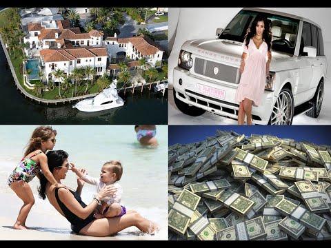 Kim Kardashian Net Worth- 2016 [$150 Million]