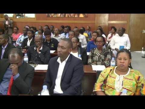 Ministre Francois Kanimba yongerewe MINEAC kuri MINICOM ayobora