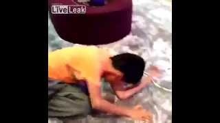 Kid Plays Game of Tag with Leopard Thumbnail