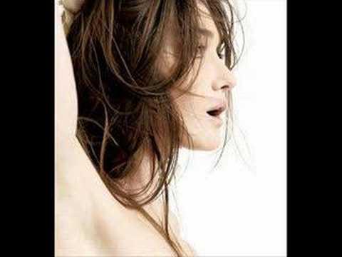 L'excessive - Carla Bruni