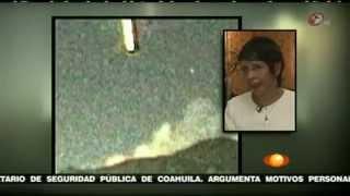 Gigantesco UFO (Oggetto Volante non identificato) penetra nel vulcano Popocatépetl. Alien Aliens