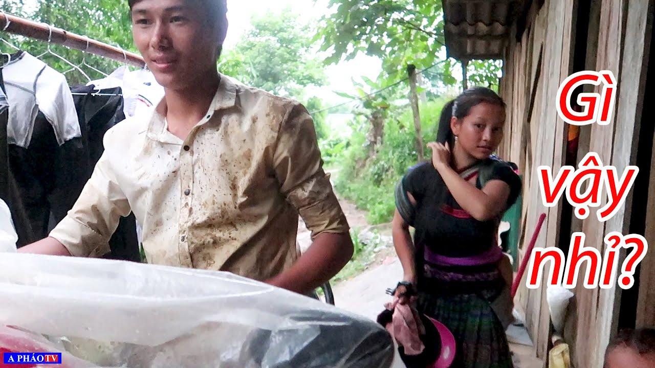 Thăm gia đình Tráng ngày mưa gió - Kênh Pháo Channel và hướng đi mới cho gia đình Tráng