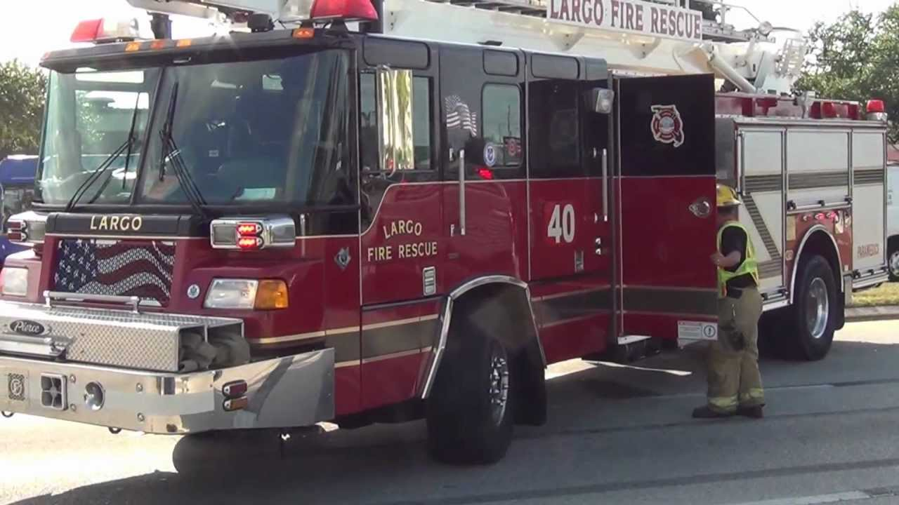largo fire rescue engine 40 in florida nice fire truck made in usa by pierce youtube. Black Bedroom Furniture Sets. Home Design Ideas