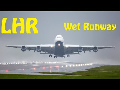 Wet Runway Departures - London Heathrow Plane Spotting @1000mm Lens