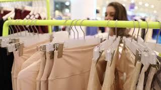 видео Магазин мужской и женской спортивной одежды. Мужские спортивные куртки ветровки, мужские спортивные костюмы, толстовки, брюки, штаны, кроссовки, майки, шорты