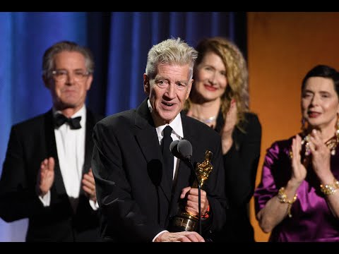 David Lynch accepts his Honorary Oscar