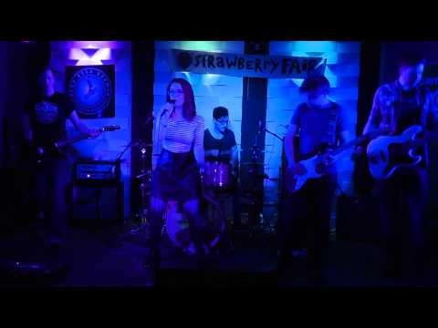 Echo Tree 'Falling' - LIVE at Cambridge Battle of the Bands 2015