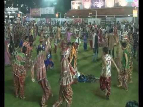 Radhe Raas Garba, Ahmedabad - 2011 - Rajdeep Barot, Vanita Barot - Day 1 Part 2 from YouTube · Duration:  21 minutes 33 seconds