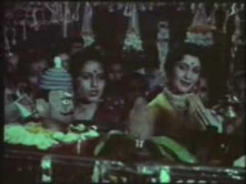 मागे  उभा मंगेश... Mage Ubha Mangesh  (मुळ गाणे)   original Mahananda