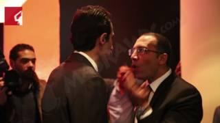 بالفيديو والصور – ساويرس يستقبل الجلاد والليثي وكامل قبل بدء حفل بروموميديا