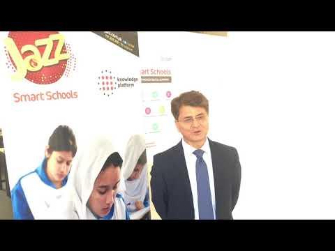Director General FDE Hasnat Qureshi praises Jazz Smart Schools Programme