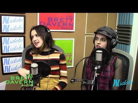 Laura and Vanessa Marano talk Flip phones and Underwear Color on The Brett Davern Show