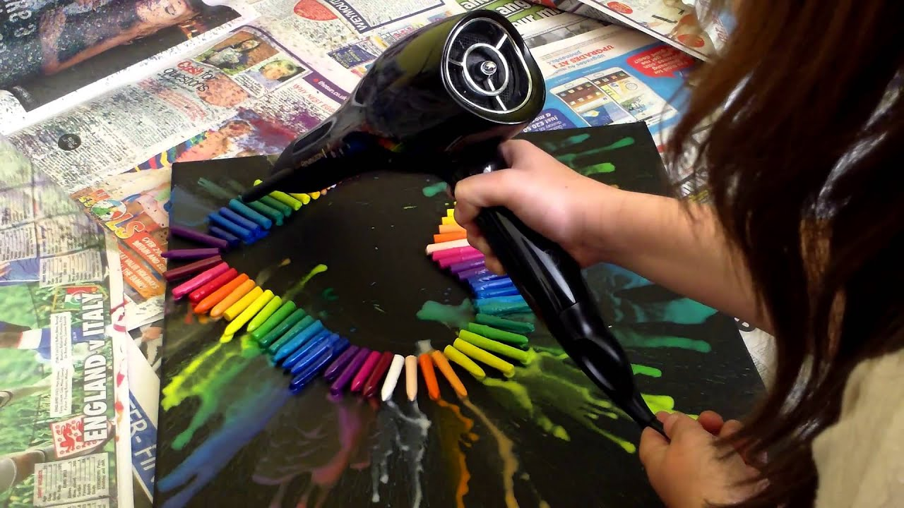 Melted crayon heart canvas youtube solutioingenieria Image collections