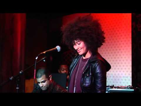 Andy Allo - Let's Get It On - Live in San Jose