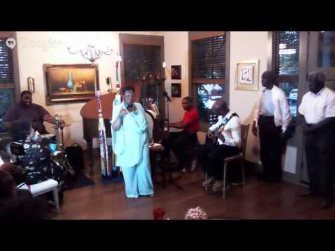 Queen SongBird House Concert