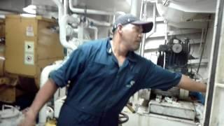 Procedimiento para arrancar motor principal barco atuneros