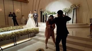 오빠 결혼식장을 뒤집어놓은 여동생 축가ㅋㅋㅋㅋ [둥지 - 남진]