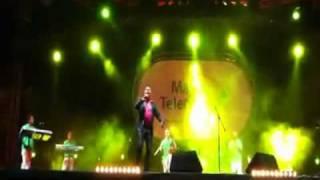 adil el miloudi live au festival de kenitra  30/7/011 NAYDA NAYDA ARA BRA333  BY AMAL SWEET