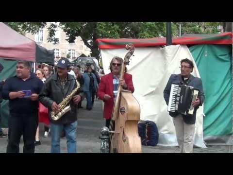 ROXYR BAND, A Romanian Street Band Plays A Greek Song, Bruxelles 9.06.2012