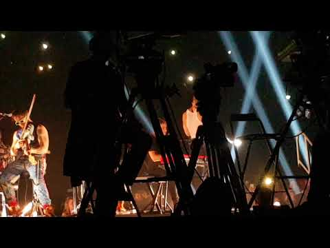 Imagine Dragons, I Bet My Life (acoustic, B stage), Paris Bercy Accor Hotel Arena, 03 April 2018