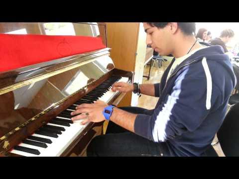 Balkan piano