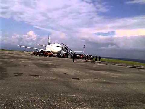 Batavia Air di apron Bandara Syukuran Amunuddin Amir Luwuk