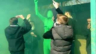We're the Green and White army! With smoke bomb