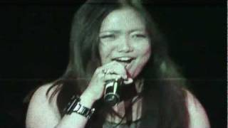Charice - Rolling In The Deep/ Crazy In Love Cover (Live In Singapore 2011)