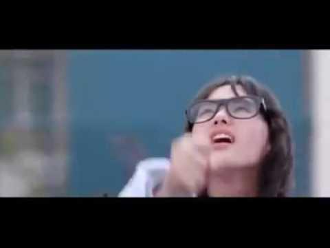 Chinese Romantic music video. Feel the rain