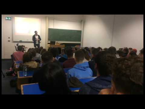 Ian McKinley talks to DCU students | The College View