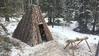 Solo Winter Bushcraft Shelter Build - Building a Log Home in the Canadian Wilderness Pt. 3