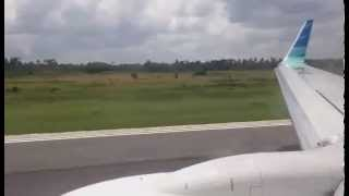 Boeing 737-800 Garuda Indonesia Take Off from Supadio Pontianak 032015