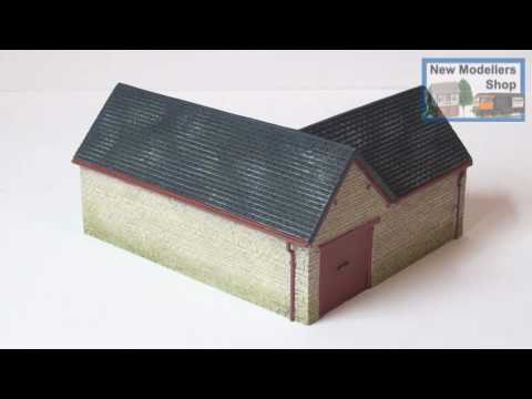 Hornby R8783 Farm Outhouse