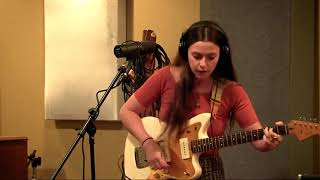 Annabelle Chairlegs - Heavy Sleeper - Daytrotter Session - 9/12/2017