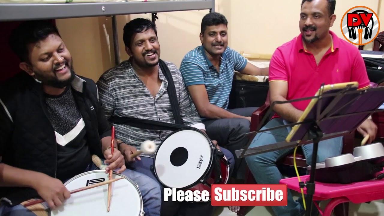 Download Malayalam Christmas  / Carol song (Palli medayil) Song #2