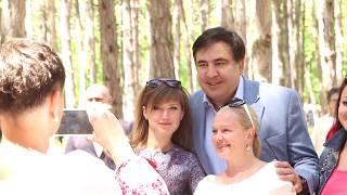 Саакашвили жестко поставил на место провластного подхалима