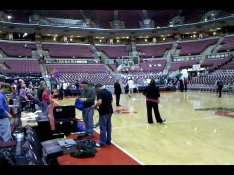 Shooting layups @ Value City Arena