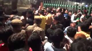 Salman fans crazyness in hyderabad